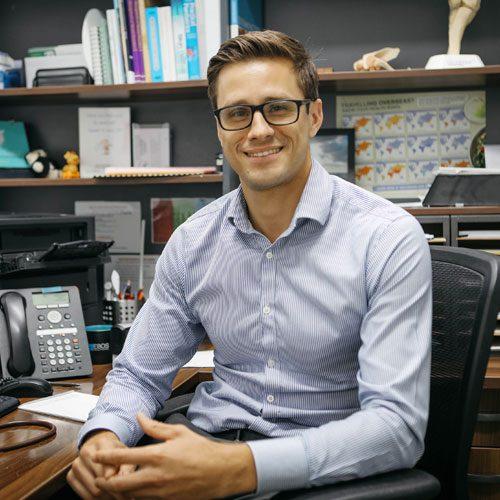 Dr Ben Carison