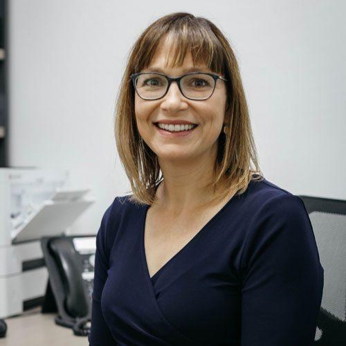 Dr Cindy Holden